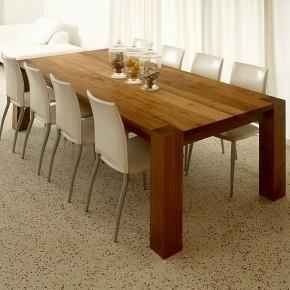 Teakhouten tafel met poten op de hoek moderne eettafels for Teakhouten tafel