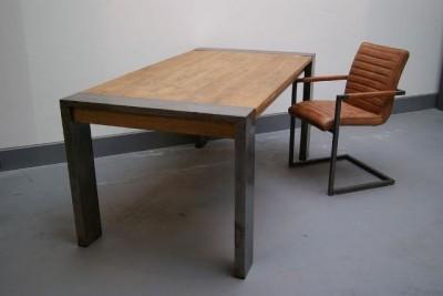 Industrial teak tafel industrial tafels ziet u bij teak for Teakhouten tafel