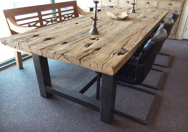 Robuuste Eiken Tafel : Robuuste eiken tafel specialist in teak maatwerk