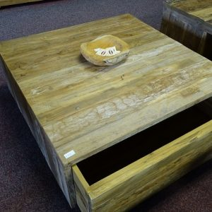 Strakke salontafel 100x100cm