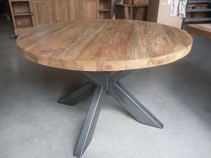 Industriële ronde tafel specialist in teak maatwerk